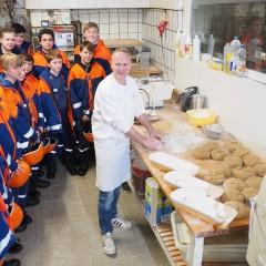 Florians Brot schmeckt und hilft